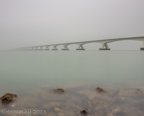 Foto's Zeelandbrug - Zeelandbrug in de mist | Tux Photography
