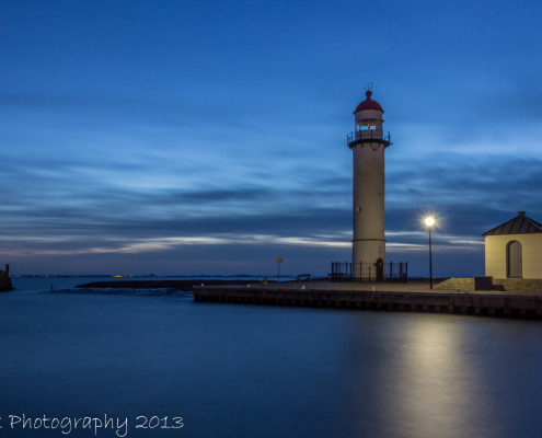 Avondfoto's - Vuurtoren Hellevoetssluis by Night   Tux Photography