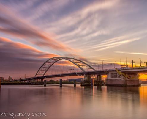 Avondfoto's - Papendrechtse Brug bij zonsondergang | Tux Photography