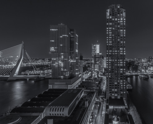 Rotterdam skyline foto by Night - Erasmusbrug - Wilhelminapier | Tux Photography