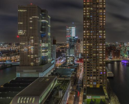 Rotterdam skyline foto by Night - Wilhelminapier - Maastoren | Tux Photography