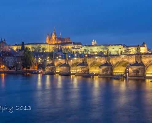 Foto's Praag - Praagse Burcht en Karelsbrug by night | Foto Tux Photography
