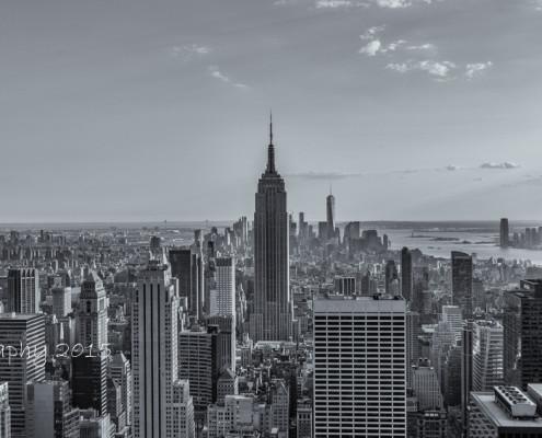 Foto's New York - Top of the Rock - Empire State Building uitzicht | Zwart-wit foto Tux Photography