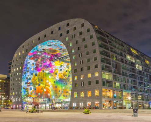 Rotterdam skyline foto by night - Markthal by Night | Tux Photography