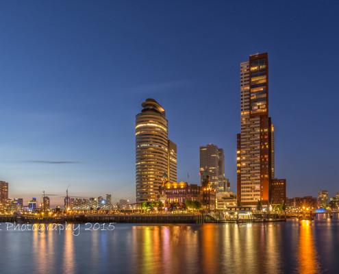 Rotterdam skyline foto by Night - Erasmusbrug by Night - Wilhelminapier | Tux Photography