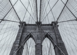 Foto's New York - Brooklyn Bridge lines| Zwart-wit foto Tux Photography