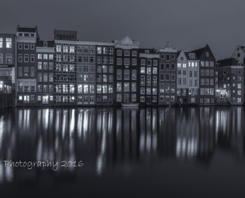 Foto's Amsterdam - Damrak by Night | Tux Photography