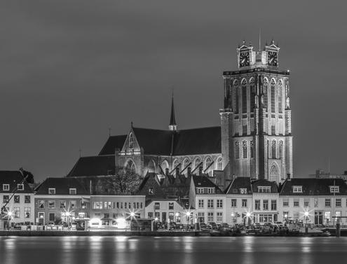 Foto's Dordrecht - Panorama Grote Kerk in Dordrecht in zwart-wit | Tux Photography